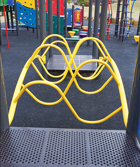 S Link Playground Equipment | Alternating Climbing Event