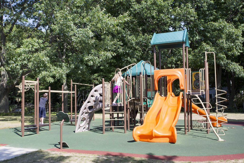 playground installation companies | Henderson Recreation