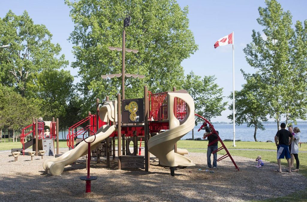 Why do you need durable commercial playgrounds?